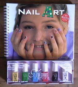 Nail Art Klutz Kitharingtonweb